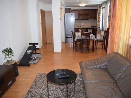 ID -604, Банско Южен просторен 3-стаен апартамент с два балкона за продажба